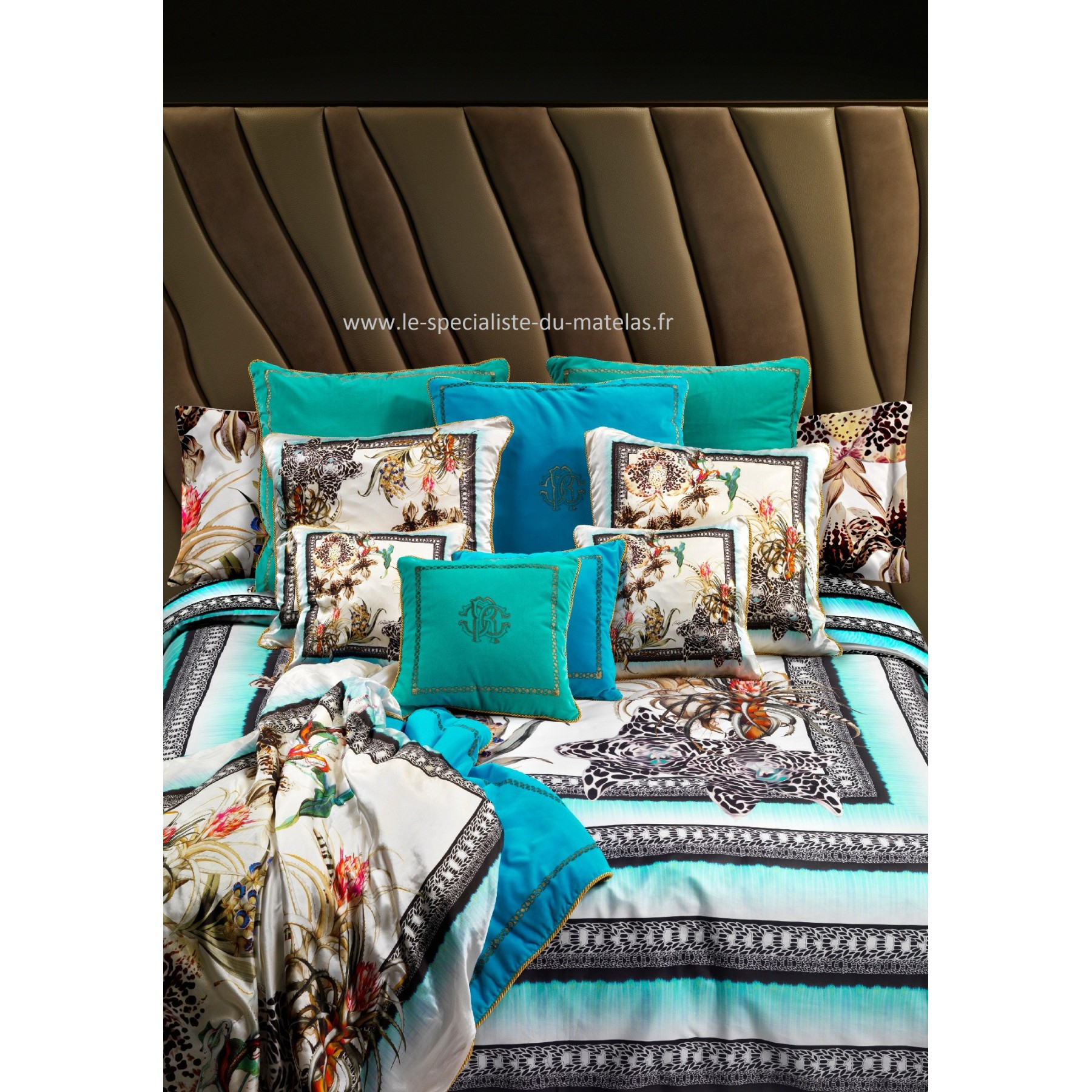 housse de couette roberto cavalli mod le tropical. Black Bedroom Furniture Sets. Home Design Ideas