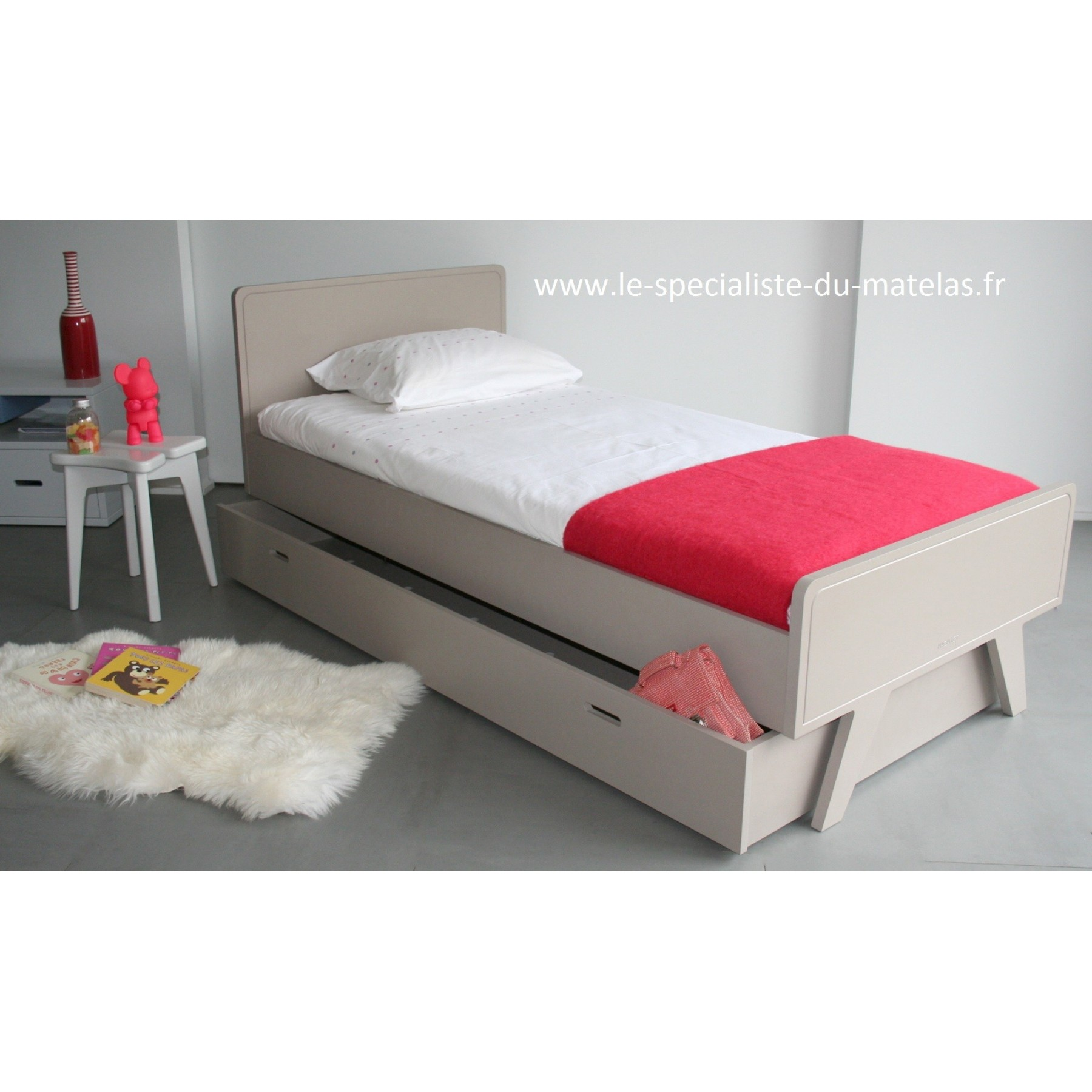 lit enfant mathy by bols mod le madavin d couvrir au le sp cialiste du matelas. Black Bedroom Furniture Sets. Home Design Ideas